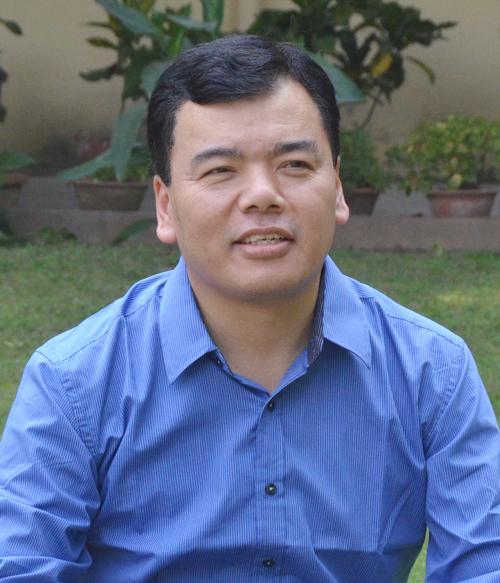 Dr. Tenzin Dhonyoe